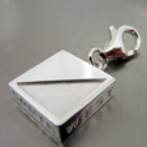 Jewelry pendant for bracelet silver